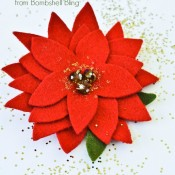 How to make an elegant felt poinsettia.