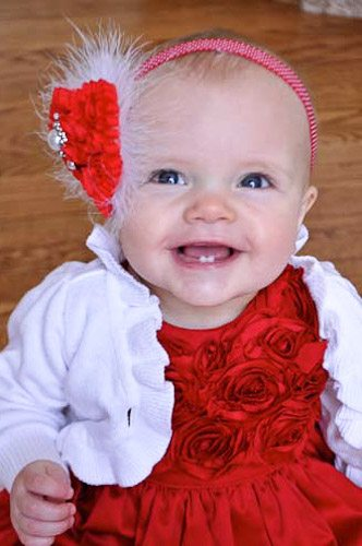 OMG!  These headbands are too cute!!  And they look SUPER easy to make, too!