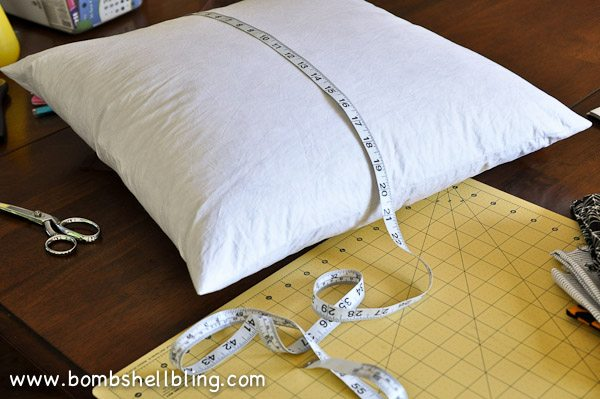 Riley Blake Too Cute to Spook Pillows by Bombshell Bling-3