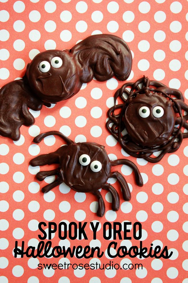 *Spooky-Oreo-Halloween-Cookies