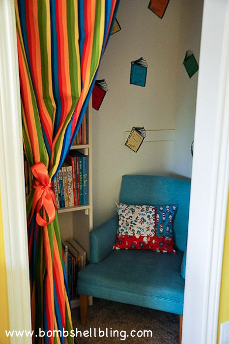 The Reading Nook Looked Alright At That Point, But It Didnu0027t Have Any Dr.  Seuss Flair, And If A Reading Nook Is Attached To A Dr. Seuss Room It Needs  A Bit ...