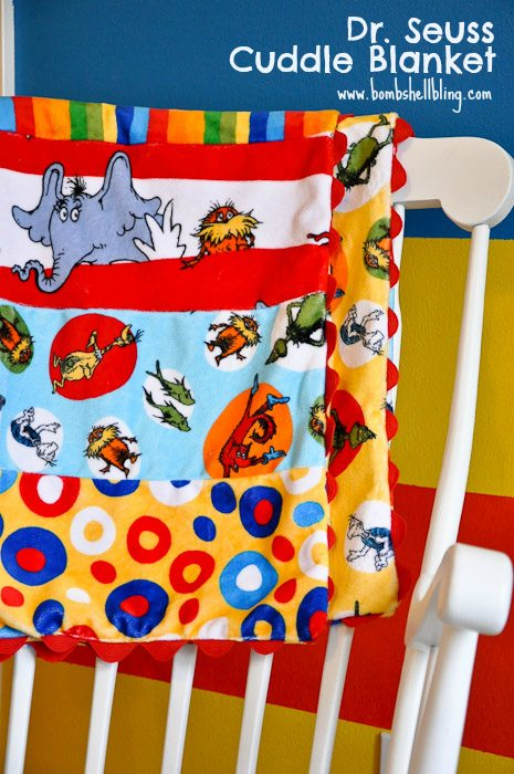 Dr Seuss Cuddle Blanket Tutorial