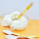 Embellish spoons with Washi Tape to match party decor! Brilliant!