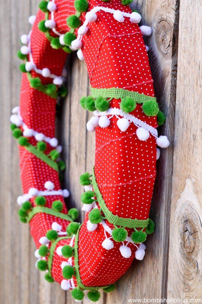 Pom Pom Christmas Wreath Tutorial-1