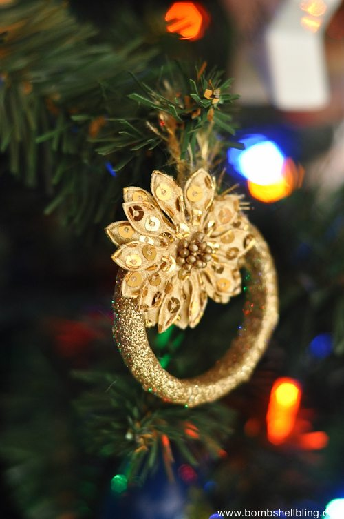 Gold Wreath Christmas Ornament Tutorial-1