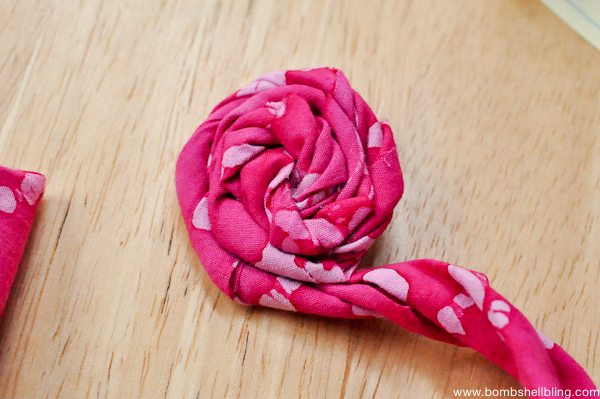 Rolled Fabric Flowers-4