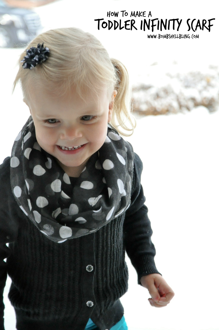 Five Minute Toddler Infinity Scarf Hack