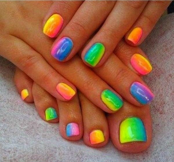 *Blocked-Rainbow-Nail-Art-Design