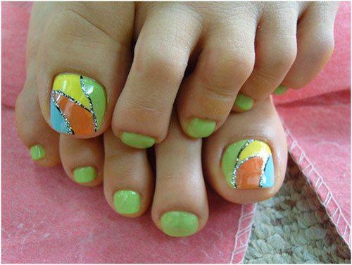 10 summer toenail art ideas multicolored accent toenail prinsesfo Image collections
