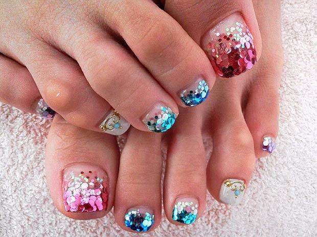 Glitter Toes · *jamberrymermaidtoes. Mermaid Toenail Art ... - 10 Summer Toenail Art Ideas